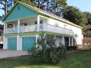 1312 Bay Street - Seastar on Tybee - Pet Friendly - FREE Wi-Fi - Tybee Island vacation rentals