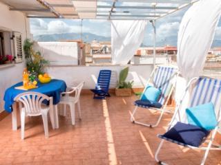 Casa Vacanza Elisa - Balestrate vacation rentals