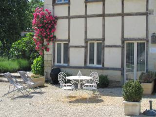Romantic 1 bedroom Saires House with Washing Machine - Saires vacation rentals