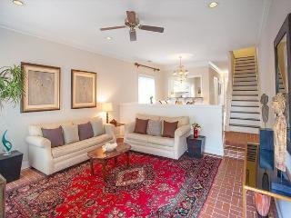 Large home with parking in the heart of downtown - Savannah vacation rentals