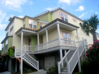Luxurious Home, Pet Friendly, GOLF CART, Gameroom - Folly Beach vacation rentals