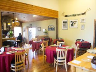 Perfect Bed and Breakfast with Television and Mountain Views - Flagstaff vacation rentals