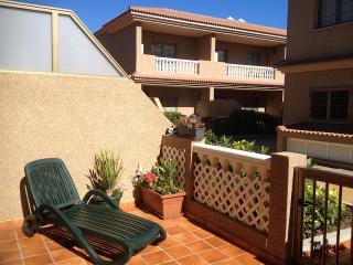 2 bedroom Apartment with Shared Outdoor Pool in Poris de Abona - Poris de Abona vacation rentals