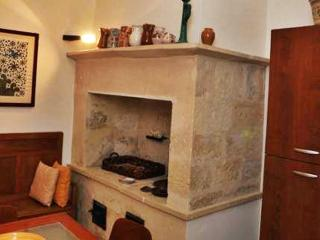 Comfortable 2 bedroom Lecce Bed and Breakfast with Internet Access - Lecce vacation rentals