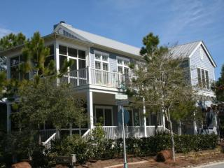 Charming Watercolor House rental with Deck - Watercolor vacation rentals