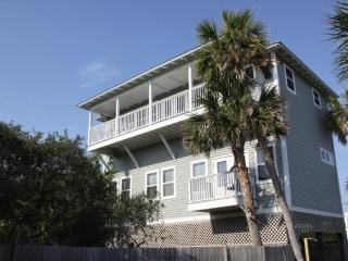Lovely 3 bedroom Grayton Beach House with Deck - Grayton Beach vacation rentals
