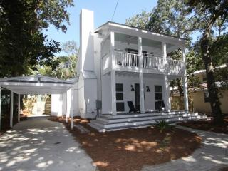 Cozy 3 bedroom Seagrove Beach House with Internet Access - Seagrove Beach vacation rentals