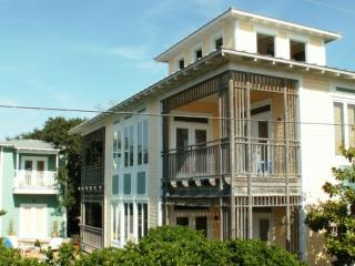 Perfect 8 bedroom House in Seagrove Beach with Deck - Seagrove Beach vacation rentals