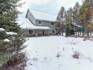 Luxurious home w/ convenient location and private hot tub! - Donnelly vacation rentals