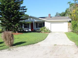 1424 Beacon - Walk to North Beach - New Smyrna Beach vacation rentals