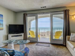 Villa Capriani 115-B Oceanfront!   3 Pools, Largest Pool on NC Coast, 2 Hot Tubs, Grill Area, Tennis Courts, Restaurant, and Internet - North Topsail Beach vacation rentals
