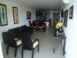Beautiful House with Internet Access and Microwave - Cartagena vacation rentals
