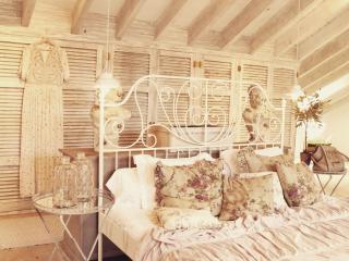 loft 90 m2 , 2 personas , romántico - Santanyi vacation rentals