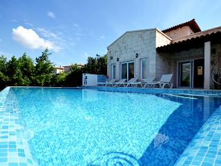 Spacious 4 bedroom Villa in Kas - Kas vacation rentals