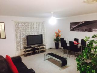 Modern Unit..... It has Everything!!! - Mildura vacation rentals