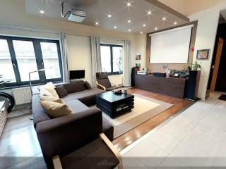 Quiet Luxury Penthouse in City Center - Budapest vacation rentals