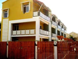 Nice House with Internet Access and A/C - Flic En Flac vacation rentals
