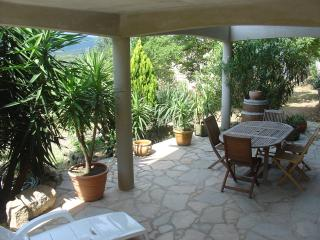 2 bedroom Condo with Internet Access in Figari - Figari vacation rentals