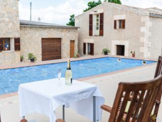 ES LLORER DE CAS CANAR - Property for 16 people in Sencelles - Sencelles vacation rentals