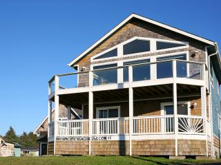 3 bedroom House with Deck in Pacific Beach - Pacific Beach vacation rentals