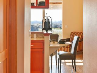 Yes Syrah Cottage - Zillah vacation rentals