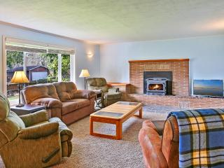 Sportsman Cabin - Westport vacation rentals