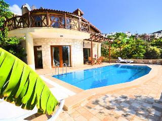 Lovely 3 bedroom Villa in Kalkan with A/C - Kalkan vacation rentals