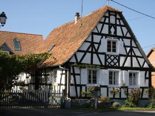 Cozy 3 bedroom Hoffen House with Internet Access - Hoffen vacation rentals