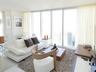 Sunny 2 bedroom Brickell Apartment with Internet Access - Brickell vacation rentals