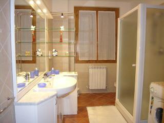 Villino Redditi-Loro Ciuffenna, Tuscany - Loro Ciuffenna vacation rentals