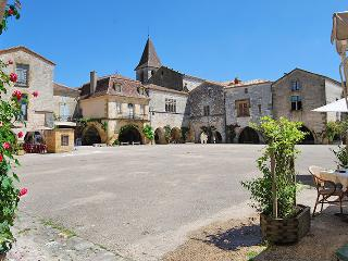 L'HERITIER - 3 BEDROOM RURAL GITE - Monpazier vacation rentals