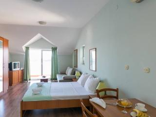 Charming sea view studio apartment - Dubrovnik vacation rentals