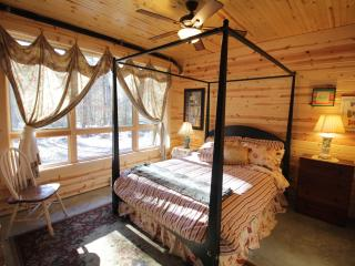 Poplar Creek Farm - Queen Room - Green Mountain vacation rentals