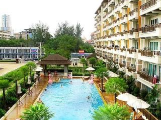 Central 1-Bed Apartment in Patong - Patong vacation rentals
