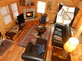 Beautiful 3 Bedroom Log House, 3 Full Baths + Loft - Lake Placid vacation rentals