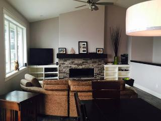 Nice House with Internet Access and A/C - Westbank vacation rentals