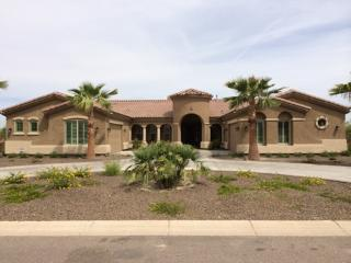 South Mountain (East Room)--close to the airport - Phoenix vacation rentals