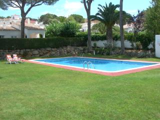 Nice House in Communal Gardens - GREEN PARK (2) - L'Escala vacation rentals