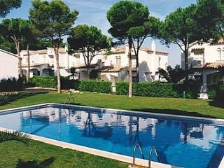Nice House in Communal Gardens - GREEN PARK 2 - L'Escala vacation rentals