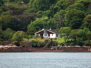 Nice 4 bedroom Bungalow in Ardgroom - Ardgroom vacation rentals
