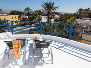 Beautiful central villa – 100m from the beach - Corralejo vacation rentals