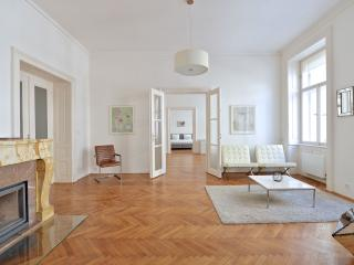 Dolce Vita Glasshouse at Old Town Square - Prague vacation rentals
