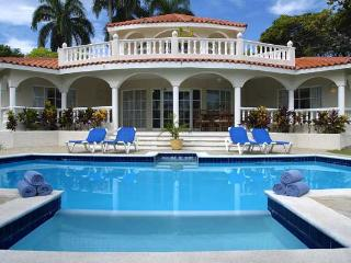 THE CROWN VILLAS - 5 Bedroooms - Puerto Plata vacation rentals
