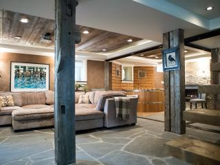 Luxurious Hottub Hideaway centre Dalhousie Univer - Halifax vacation rentals