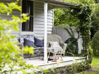 Perfect Sutton Forest vacation House with Microwave - Sutton Forest vacation rentals