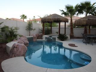 Las Vegas VILLA 1- 8 miles So Strip, Pool, Spa - Las Vegas vacation rentals