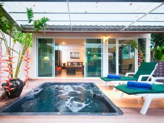 VILLA Camelia - 1 Bedroom Villa  with Jacuzzi - Krabi vacation rentals