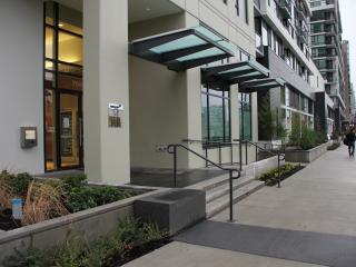 Brand New 2Bed2Bath Apt in Center Richmond - Richmond vacation rentals