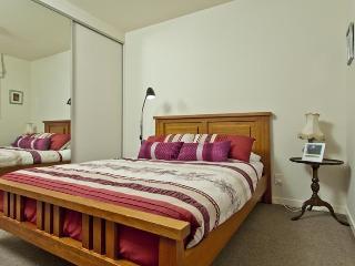 Auckland Holiday Home & Farm - Kumeu vacation rentals
