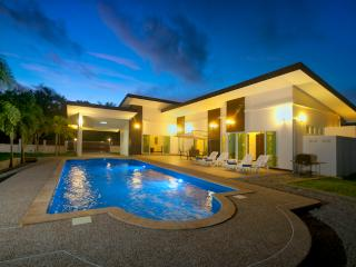 Villa Lotus Krabi 3 bedroom with private pool - Krabi vacation rentals